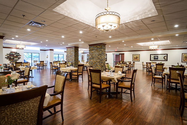 luxurious 1 bedroom Assisted living retirement homes for rent in Peterborough at Rubidge Retirement Residence - Photo 01 - RentersPages – L37704