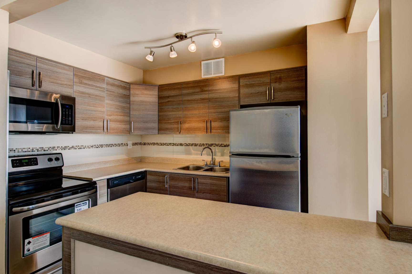 2 bedroom Apartments for rent in North-York at Hunters Lodge - Photo 22 - RentersPages – L138724