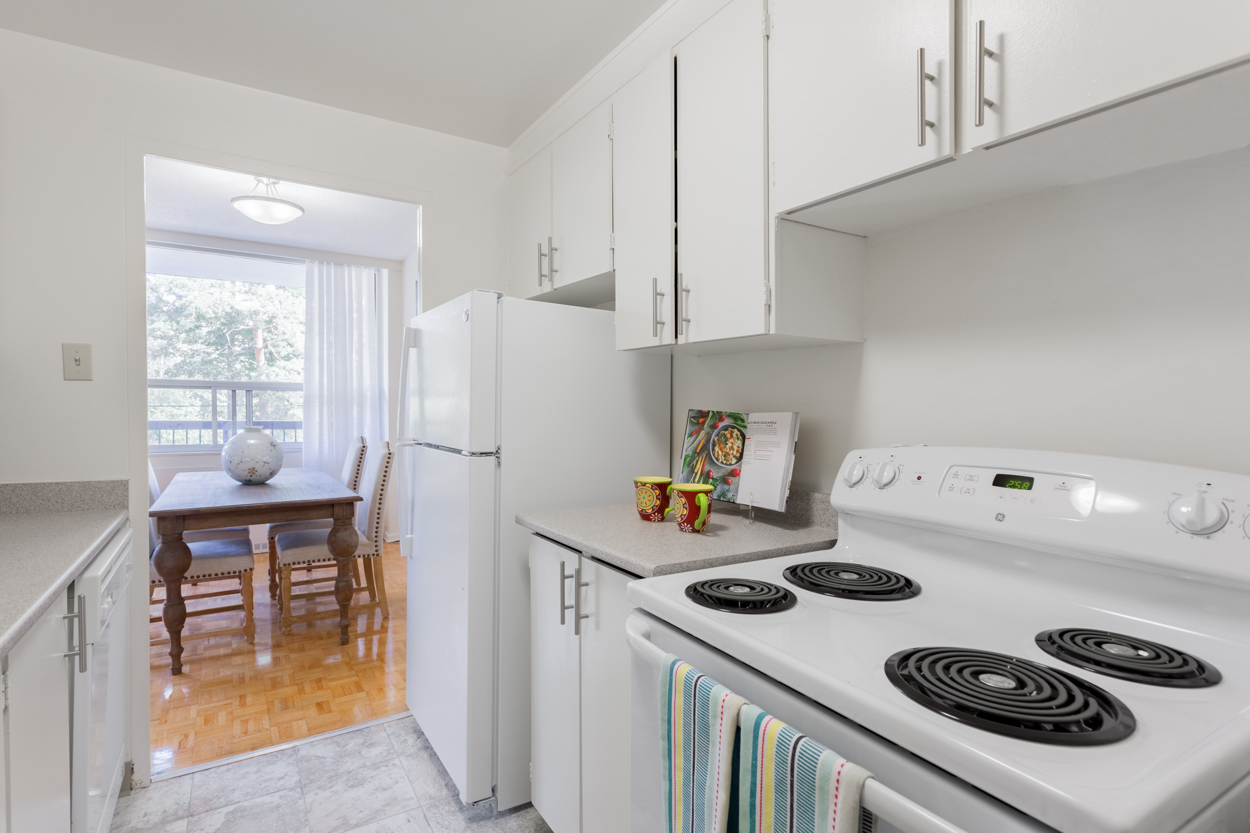 1 bedroom Apartments for rent in Ottawa at Faircrest - Photo 05 - RentersPages – L401056