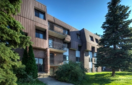 1 bedroom Apartments for rent in Laval at Place Renaissance - Photo 01 - RentersPages – L9532