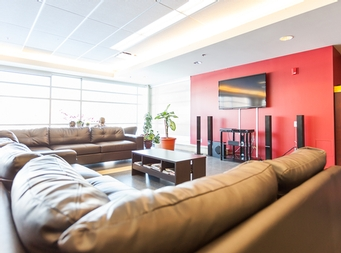 Studio / Bachelor Independent living retirement homes for rent in Ville St-Laurent - Bois-Franc at L Alto - Photo 02 - RentersPages – L19522