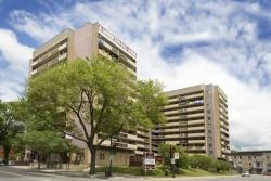 luxurious 1 bedroom Apartments for rent in Downtown Montreal at FARO - Photo 01 - RentersPages – L1995
