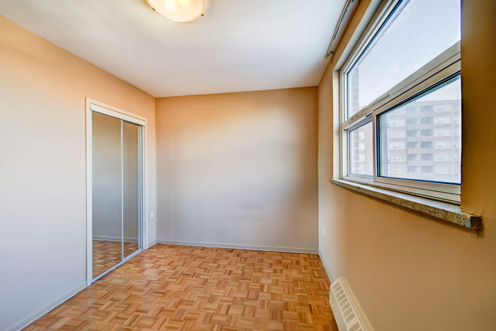 2 bedroom apartments for rent Mississauga at Strathroy ...