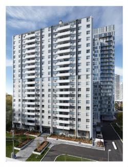luxurious 1 bedroom Apartments for rent in Toronto at 18 Brownlow Avenue - Photo 01 - RentersPages – L5277