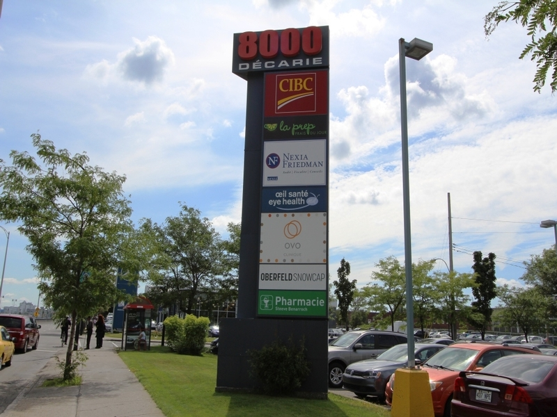 General office for rent in Cote-des-Neiges at 8000-Decarie - Photo 01 - RentersPages – L183085