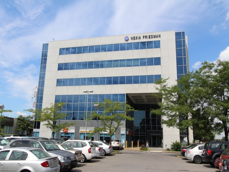 General office for rent in Cote-des-Neiges at 8000-Decarie - Photo 05 - RentersPages – L183085