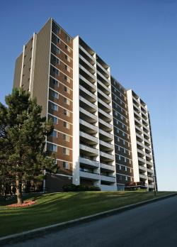 1 bedroom Apartments for rent in Scarborough at 560 Birchmont - Photo 01 - RentersPages – L3902