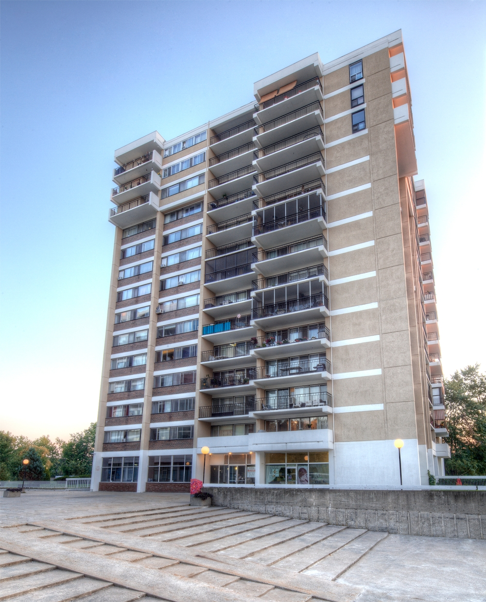 1 bedroom Apartments for rent in Laval at Havre des Iles - Photo 06 - RentersPages – L9525