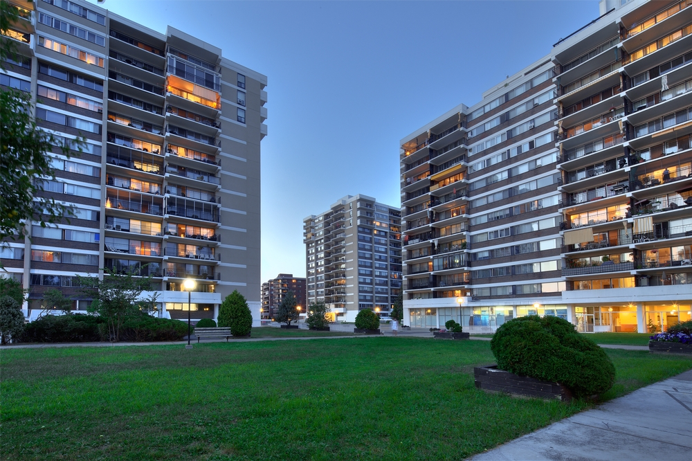 1 bedroom Apartments for rent in Laval at Havre des Iles - Photo 07 - RentersPages – L9525