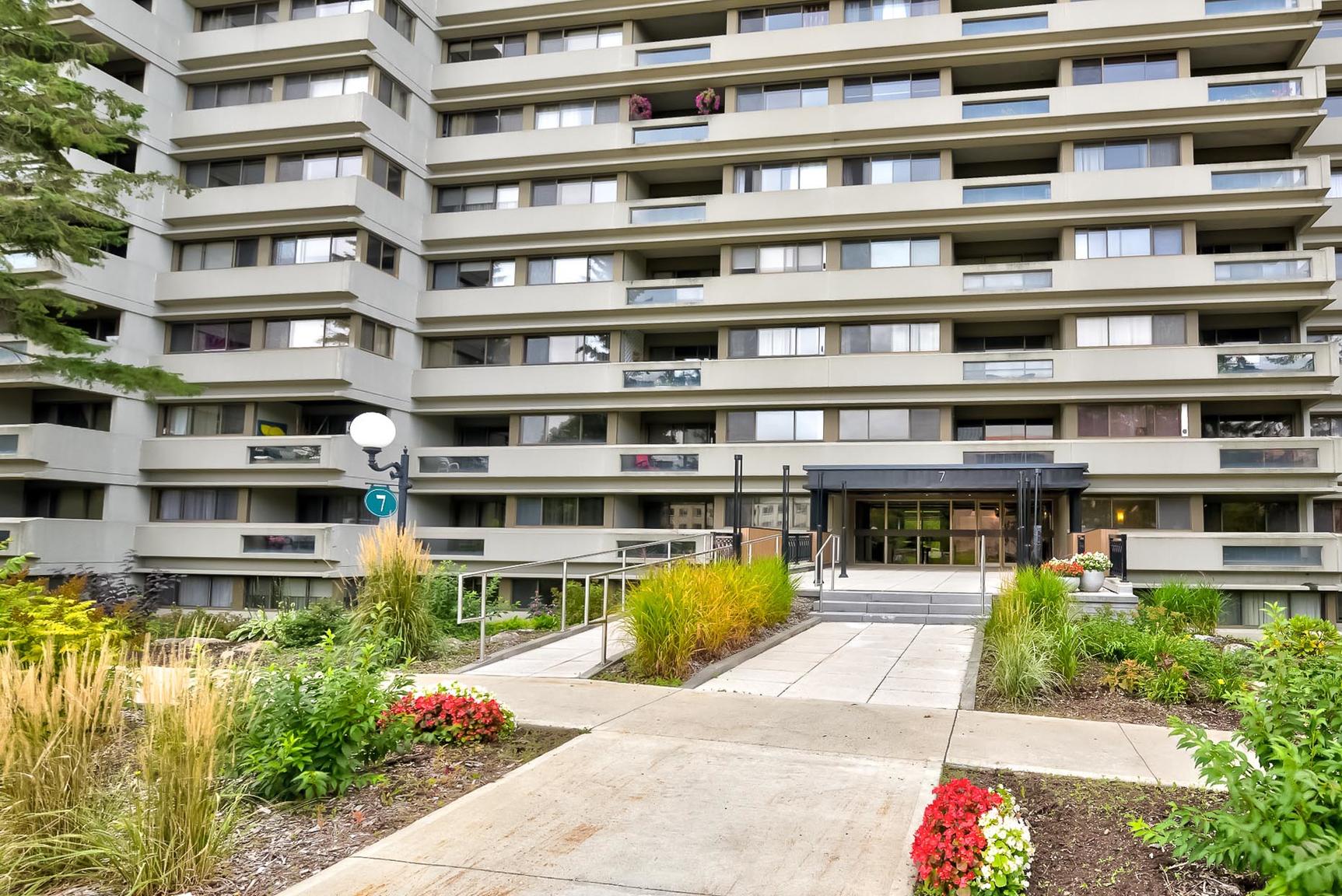 1 bedroom Apartments for rent in Quebec City at Les Jardins de Merici - Photo 33 - RentersPages – L407121