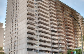 1 bedroom Apartments for rent in Montreal (Downtown) at St Marc - Photo 01 - RentersPages – L9538