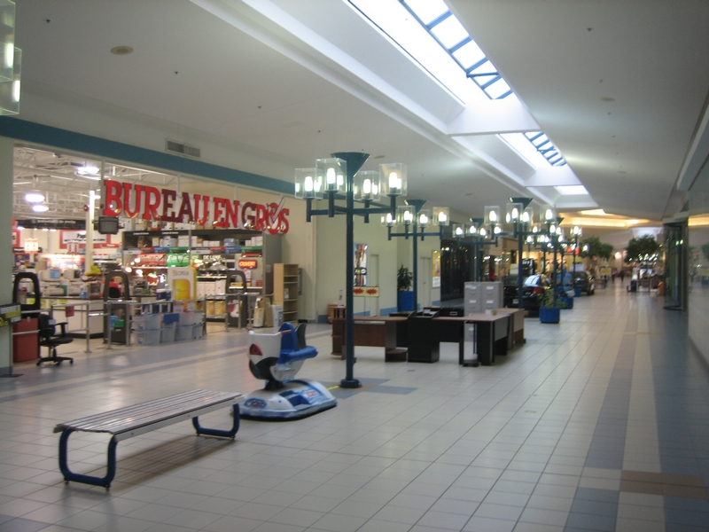 Shopping center for rent in Sorel-Tracy at Promenades-de-Sorel - Photo 02 - RentersPages – L181024