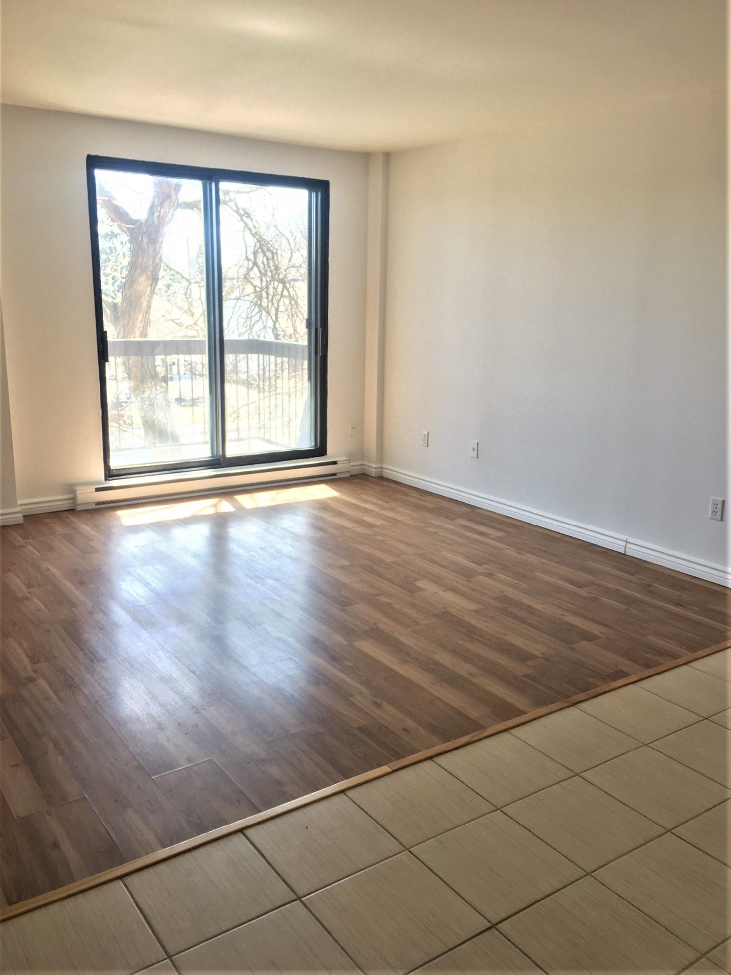 Studio / Bachelor Apartments for rent in Pointe-aux-Trembles at Habitations de la Rousseliere - Photo 01 - RentersPages – L1920
