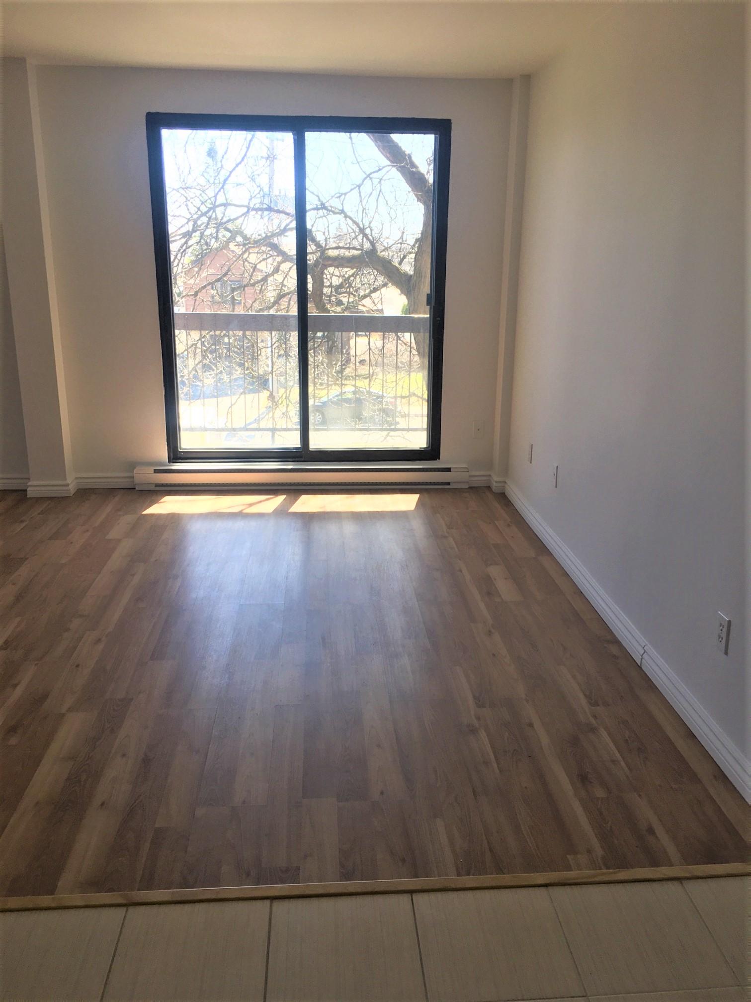 Studio / Bachelor Apartments for rent in Pointe-aux-Trembles at Habitations de la Rousseliere - Photo 04 - RentersPages – L1920