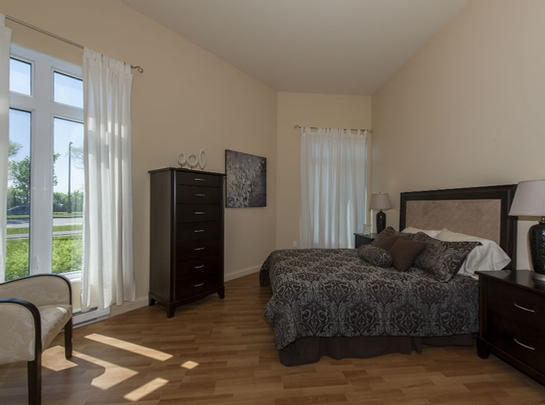 2 bedroom Independent living retirement homes for rent in Les Rivieres at Jazz Lebourgneuf - Photo 04 - RentersPages – L19559