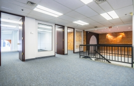 General office for rent in Montreal (Downtown) at Le-204-St-Sacrement - Photo 01 - RentersPages – L183184