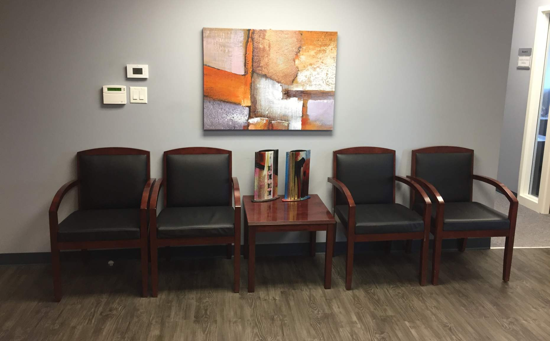 General office for rent in Brampton at Brampton Executive Offices - Photo 03 - RentersPages – L180404