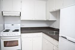 Studio / Bachelor Apartments for rent in Dorval at Tours Dorval - Photo 03 - RentersPages – L5544