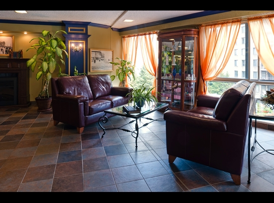 Studio / Bachelor Independent living retirement homes for rent in Quebec City at Manoir Manrese - Photo 01 - RentersPages – L19581