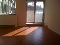 1 bedroom Apartments for rent in Cote-St-Luc at 6555 Kildare - Photo 02 - RentersPages – L8018