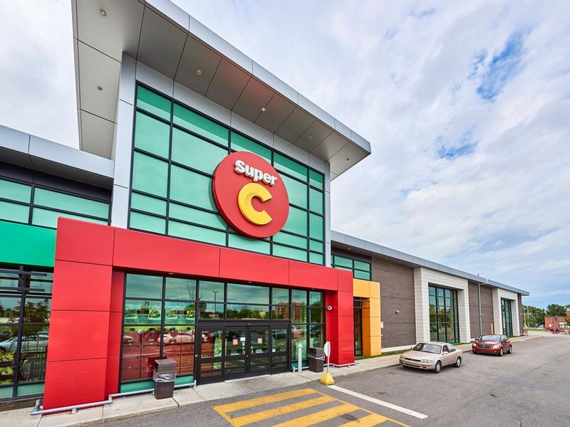 Shopping center for rent in Ville St-Laurent - Bois-Franc at Marcel-Laurin-Shopping-Centre - Photo 11 - RentersPages – L181757