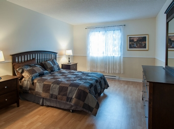 2 bedroom Independent living retirement homes for rent in Montreal-North at Complexe Gouin-Langelier - Photo 04 - RentersPages – L19521