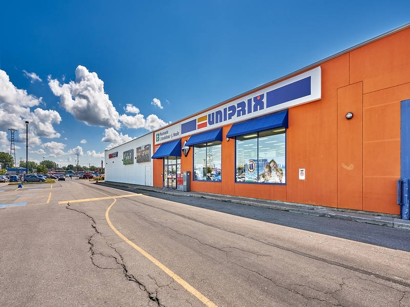 Shopping center for rent in Trois-Rivieres at Carrefour-Trois-Rivieres-Ouest - Photo 01 - RentersPages – L179961