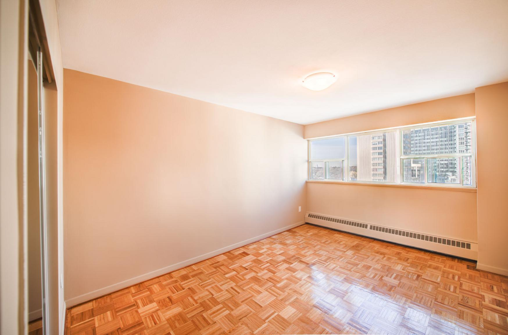 1 bedroom Apartments for rent in Toronto at Holly Tower - Photo 17 - RentersPages – L399824