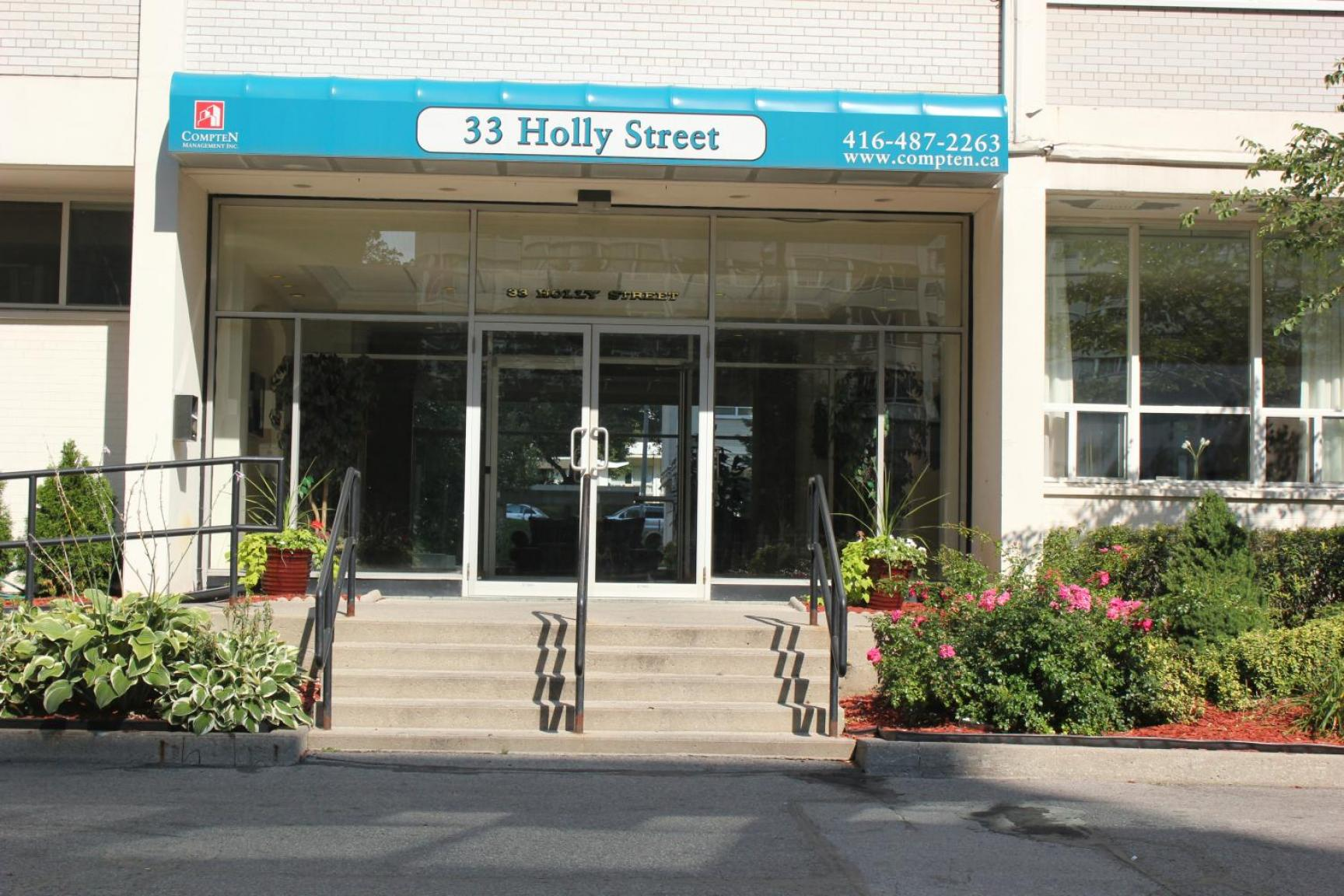 1 bedroom Apartments for rent in Toronto at Holly Tower - Photo 02 - RentersPages – L399824