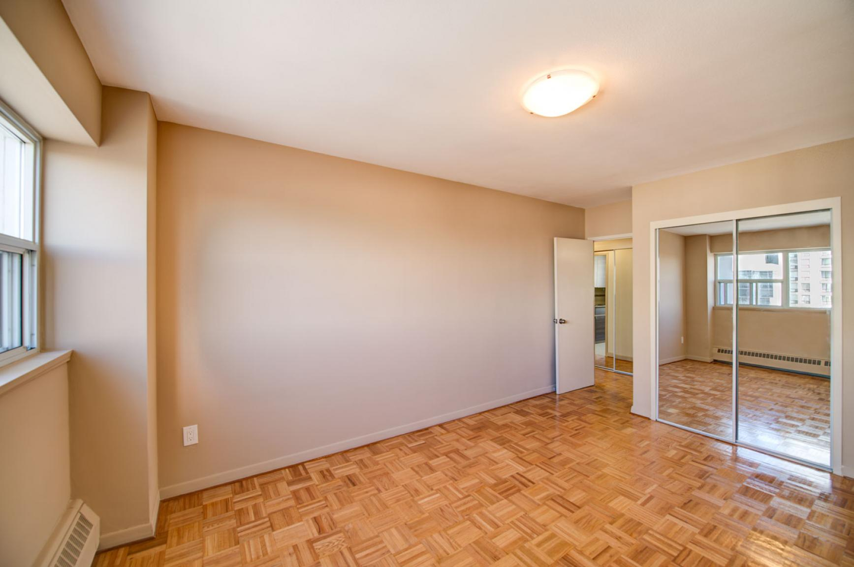 1 bedroom Apartments for rent in Toronto at Holly Tower - Photo 18 - RentersPages – L399824