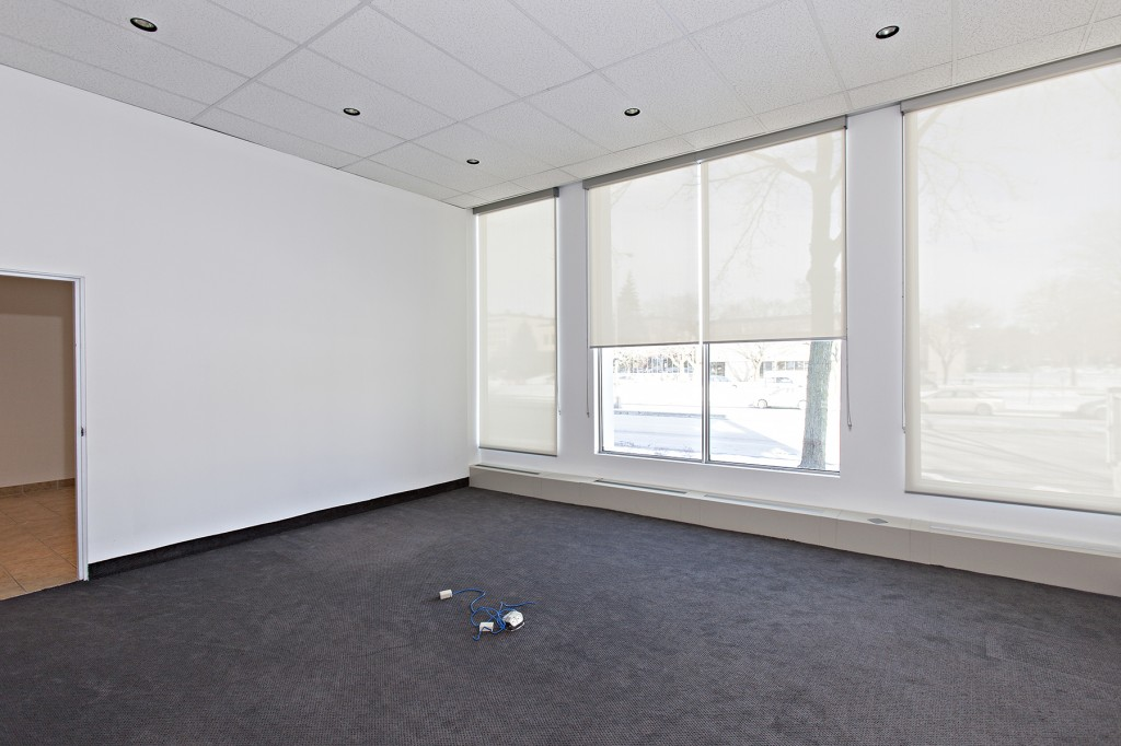General office for rent in Ville St-Laurent - Bois-Franc at 750 Marcel Laurin - Photo 04 - RentersPages – L12792