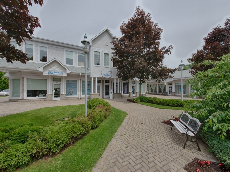 General office for rent in Rosemere at Jardins-Rosemere - Photo 01 - RentersPages – L181005