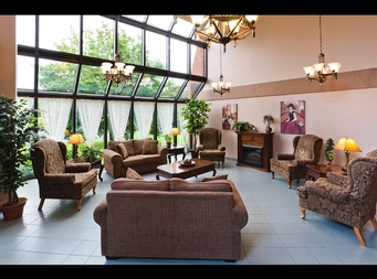 Studio / Bachelor Independent living retirement homes for rent in Brossard at L Emerite de Brossard - Photo 04 - RentersPages – L19498