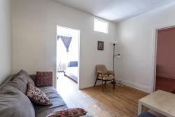 furnished 3 bedroom Apartments for rent in Cote-des-Neiges at 2219-2229 Edouard-Montpetit - Photo 02 - RentersPages – L1879
