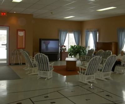 3 bedroom Assisted living retirement homes for rent in Sherbrooke at Villa St-Colomban - Photo 02 - RentersPages – L19586