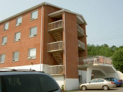 3 bedroom Assisted living retirement homes for rent in Sherbrooke at Villa St-Colomban - Photo 06 - RentersPages – L19586