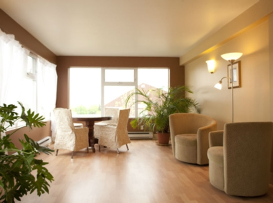 1 bedroom Independent living retirement homes for rent in Sainte Foy at Jardins Logidor - Photo 02 - RentersPages – L19555