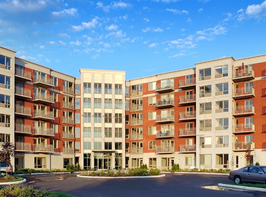 3 bedroom Independent living retirement homes for rent in Laval at Les Jardins de Renoir - Photo 11 - RentersPages – L19480