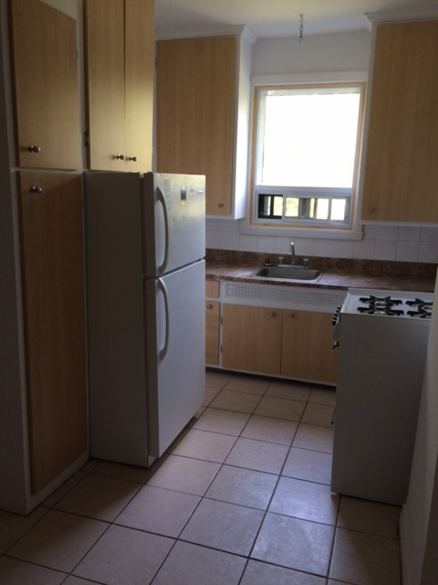 1 bedroom Apartments for rent in Cote-des-Neiges at 5690 Gatineau and 3510 Cote-Ste-Catherine - Photo 03 - RentersPages – L191708