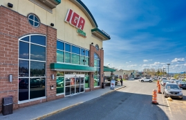 Strip mall for rent in Levis at Place-du-commerce - Photo 01 - RentersPages – L182896