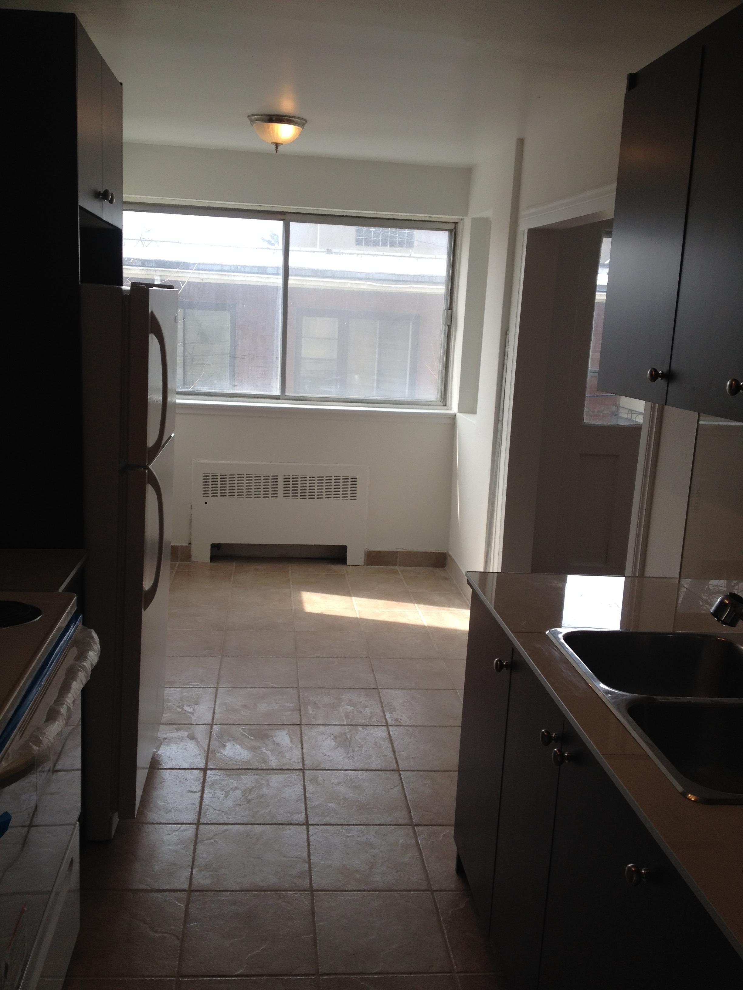 2 bedroom Apartments for rent in Cote-des-Neiges at 2615-2625 Kent - Photo 05 - RentersPages – L20674