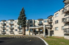1 bedroom Apartments for rent in Pierrefonds-Roxboro at Place Riviera - Photo 01 - RentersPages – L35788