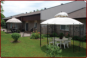 1 bedroom Independent living retirement homes for rent in Kanata at Fairfield Manor - Photo 05 - RentersPages – L31026