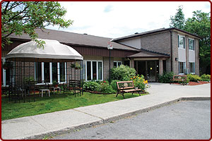 1 bedroom Independent living retirement homes for rent in Kanata at Fairfield Manor - Photo 08 - RentersPages – L31026