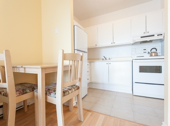 1 bedroom Independent living retirement homes for rent in Montreal-North at Residence Sault-Au-Recollet - Photo 03 - RentersPages – L19534