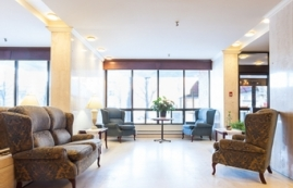 1 bedroom Independent living retirement homes for rent in Outremont at Manoir Outremont - Photo 01 - RentersPages – L19531