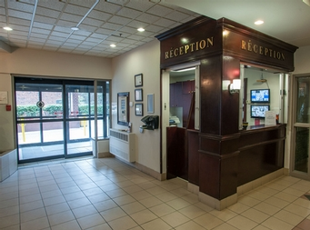 Studio / Bachelor Independent living retirement homes for rent in Montreal-North at Chateau Beaurivage - Photo 03 - RentersPages – L19509