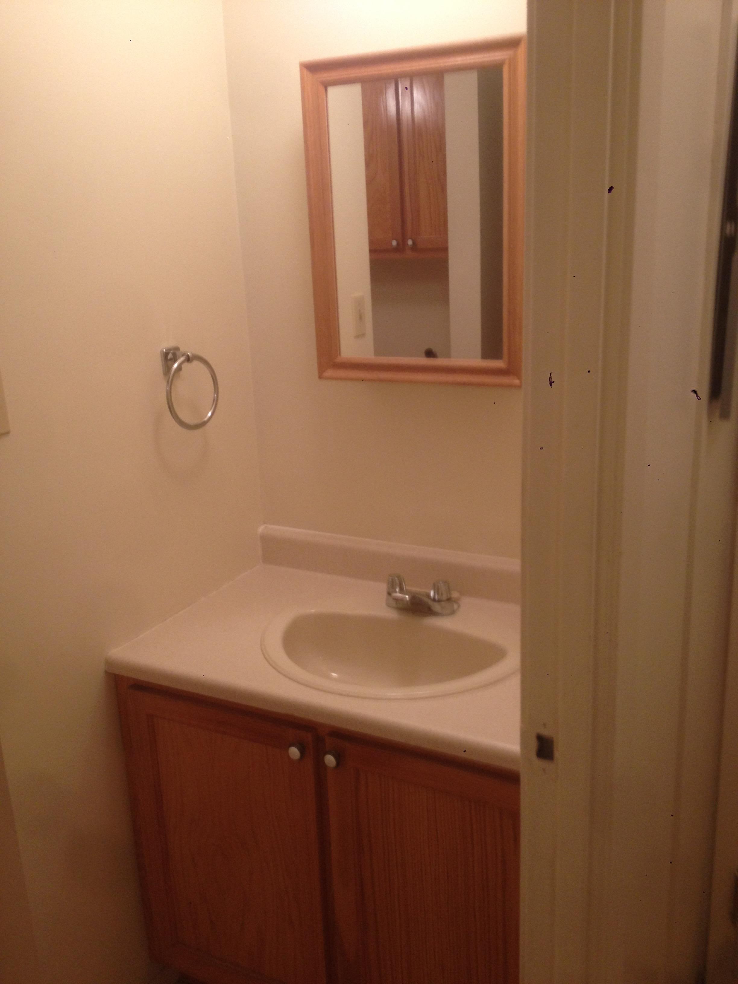 2 bedroom Apartments for rent in Sainte-Anne-de-Bellevue at Maple - Photo 04 - RentersPages – L112103