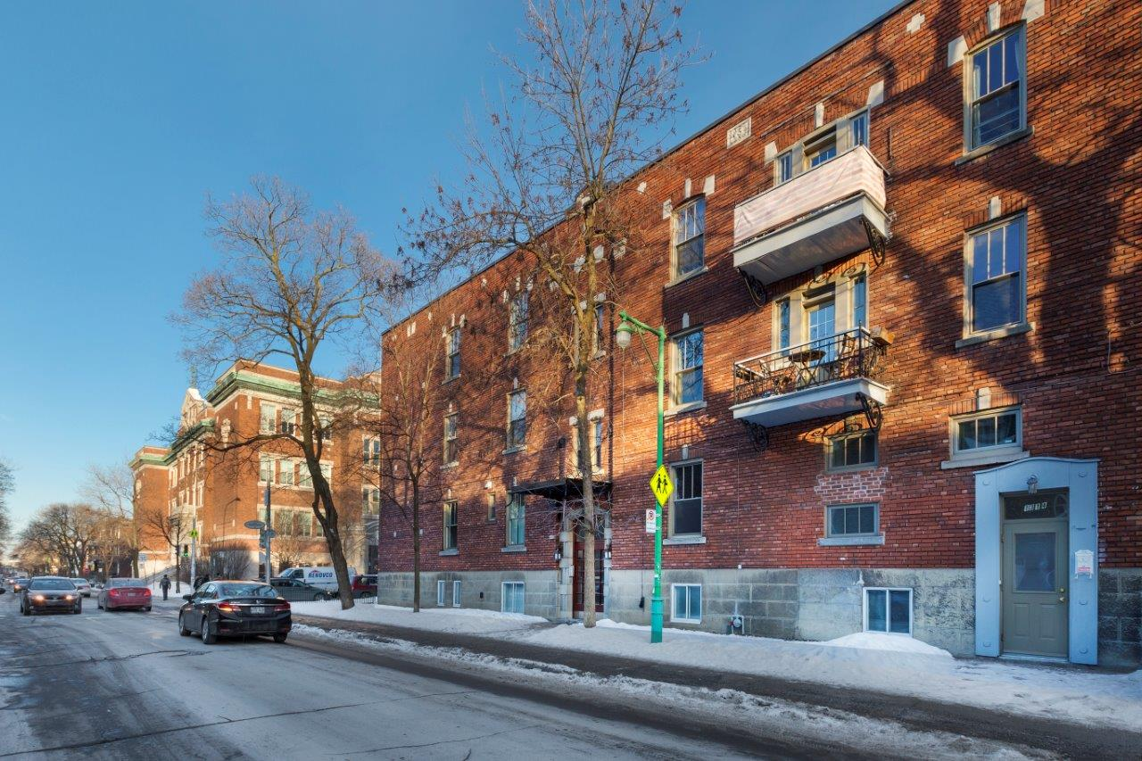 Studio / Bachelor Apartments for rent in Outremont at 1310-1314 Lajoie - Photo 03 - RentersPages – L209579