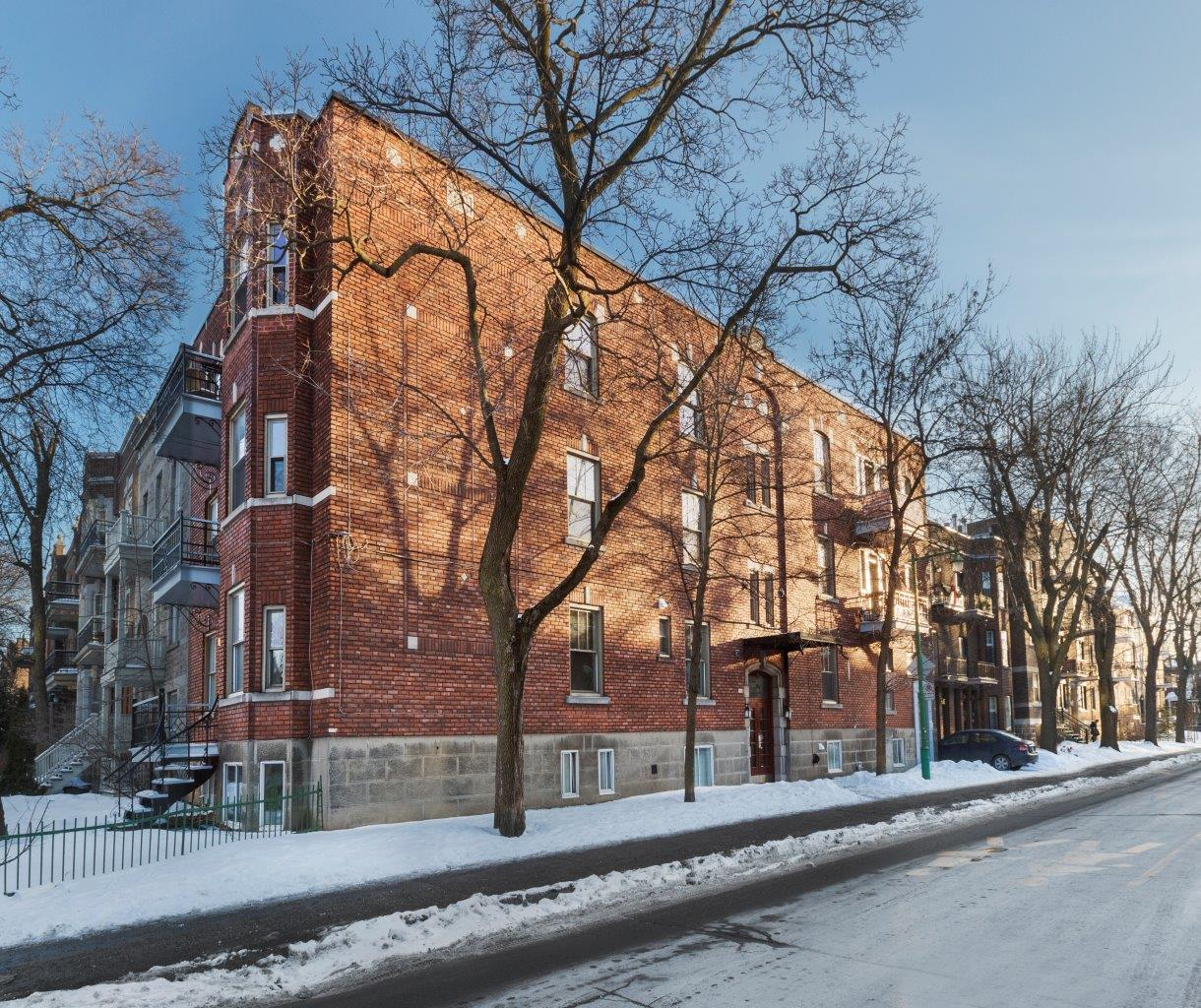 Studio / Bachelor Apartments for rent in Outremont at 1310-1314 Lajoie - Photo 04 - RentersPages – L209579